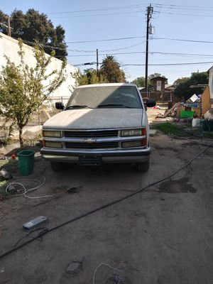 1994 Chevy Silverado for Sale in Laton, CA