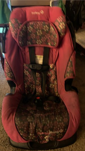 Girl car seat for Sale in San Bernardino, CA