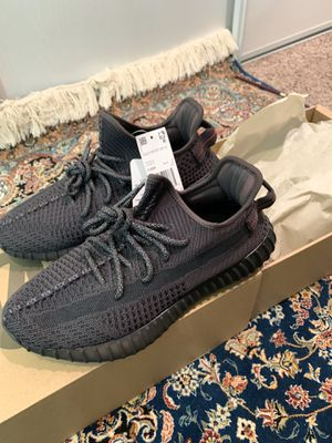 Yeezy Boost 350 V2 Black Non-Reflective size 8.5 Authentic with tags for Sale in Irvine, CA