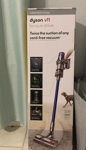 Dyson v11 vacuum for Sale in Houston, TX