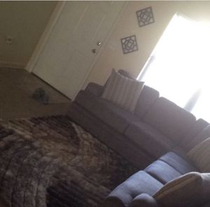 Living and bedroom set for Sale in Columbus, OH