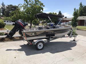 2000 smoke crap 15 foot fishing boat for Sale in Happy Valley, OR