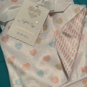 New Valentine's Day Baby Hearts Blanket Pastel Colors for Sale in Torrance, CA
