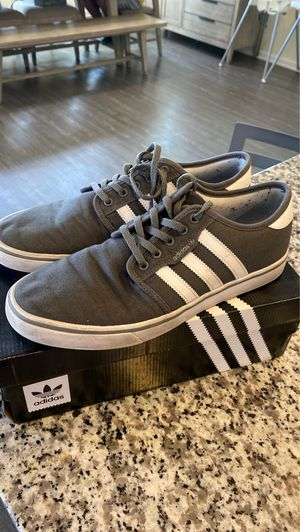 Adidas men skateboarding shoe size: 10 for Sale in Beaumont, CA