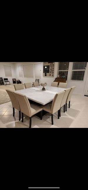 Gorgeous dining table for Sale in Rancho Cucamonga, CA