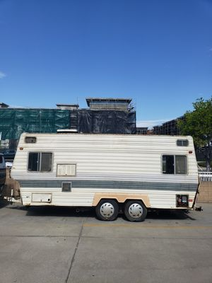 18' Travel Trailer, Back Yard Rescue for Sale in Temecula, CA