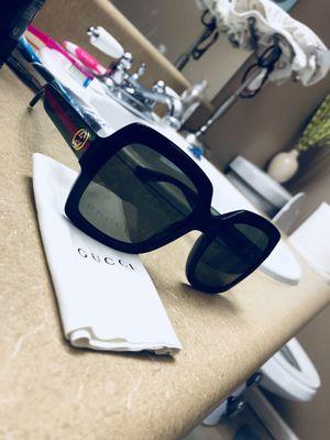 Authentic Woman Gucci Sunglasses for Sale in Griffin, GA