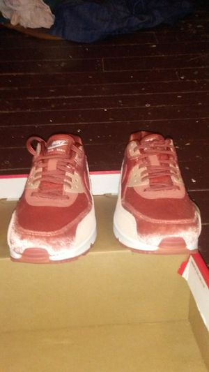 Nike women's 7.5 shoes brand new never worn for Sale in Gassaway, WV