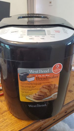 West bend bread maker for Sale in St. Louis, MO