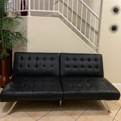 Convertible Futon Sofa Bed for Sale in North Las Vegas,  NV