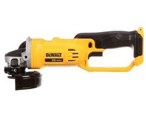 """Dewalt DCG412 20V MAX* Lithium Ion 4-1/2""""/5"""" grinder (Tool Only) for Sale in Lawrenceville, GA"""