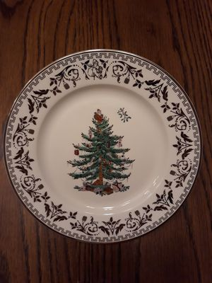 Spode holiday plate, tea cups & saucers New for Sale in Oviedo, FL