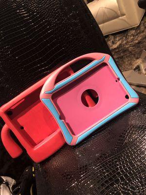 Two protective duty I pad mini case for Sale in Dallas, TX