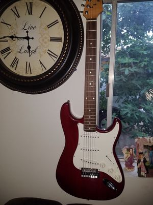 Guitarra for Sale in Fountain Valley, CA