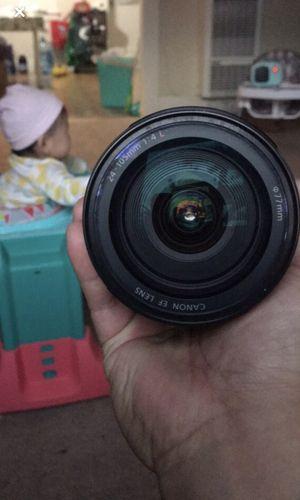 Canon 24-105mm f4L for Sale in Vallejo, CA