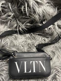 Valentino Cross Body/Belt Bag for Sale in Austin,  TX