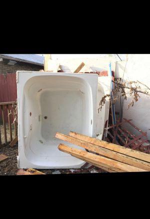 Hot tub for Sale in Stockton, CA