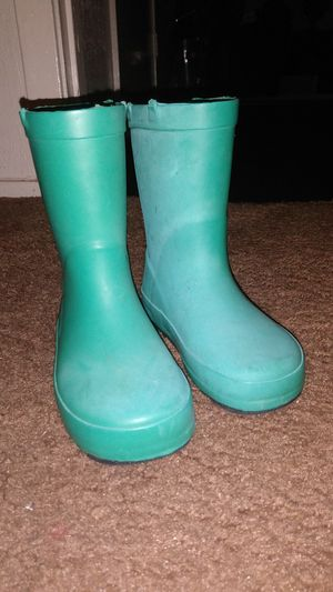 Teal color girls rain boots size 9/10 really thick and in great shape Asking $10 for Sale in Dallas, TX