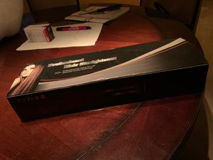 Professional Hair Straightener for Sale in Miami, FL