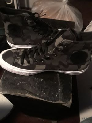 Converse chuck taylor all star 2 for Sale in Phoenix, AZ