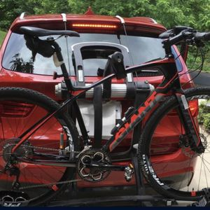 Bike Rack NEW - Thule Raceway Pro for Sale in Medford, MA