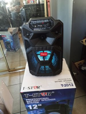 Brand New speaker in the box has Bluetooth fm am great sound base very very loud and only for 50 bucks brand new in the box for Sale in Phoenix, AZ