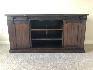 Entertainment Console for Sale in Wilsonville, OR
