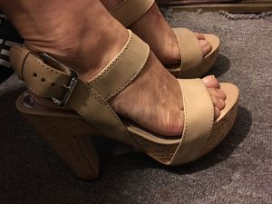 Pretty heel size 61/2 Michael kors perfect condition for Sale in Mesa, AZ