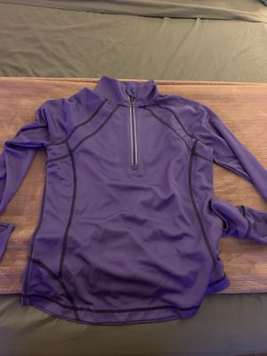Cute exercise light weight sweater for Sale in Phoenix, AZ