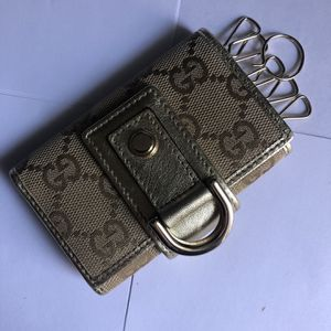 Gucci Keychain Wallet for Sale in Seattle, WA