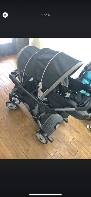 Garco double stroller for Sale in Los Angeles, CA