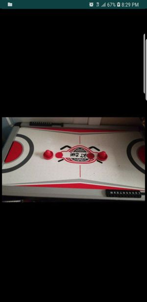 Electric air hockey table for Sale in Brookfield, IL