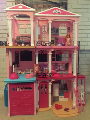 Dollhouse for Sale in Fresno, CA