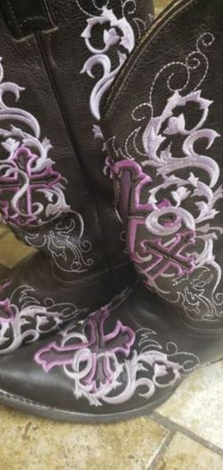Womans Classic Ropers for Sale in Phoenix,  AZ