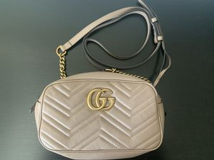 Gucci GG Marmont small matelassé shoulder bag for Sale in Kirkland, WA