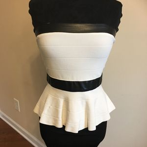 S bebe white tube with black leather detail an zip up back for Sale in Atlanta, GA