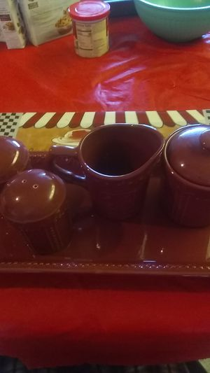 Signature set with tray for Sale in Brooksville, FL