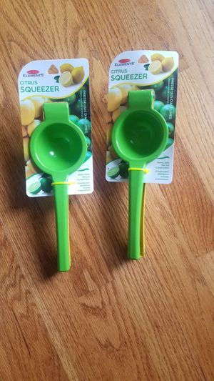 2 Culinary Elements Citrus Squeezers for Sale in Smithville, MO