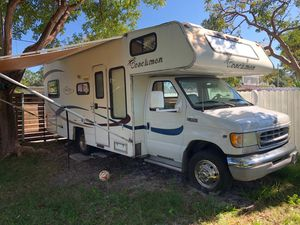 2003 Ford F-350 motorhome 24 ft for Sale in Miami, FL