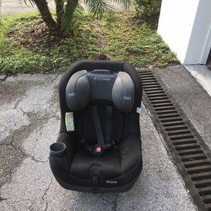 MaxiCosi PRIA70 Car Seat/ Booster for Sale in Miami, FL