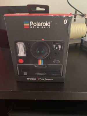 Polaroid One Step Plus i-Type Camera Instant Camera Black w/ Color i-Type Film. Polaroid camera, one step 2. Viewfinder I-type camera, black for Sale in Carpinteria, CA