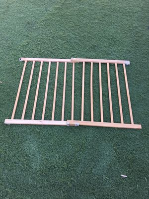 """Sliding Baby Gate Pet Gate 28"""" to 48"""" for Sale in Fresno, CA"""