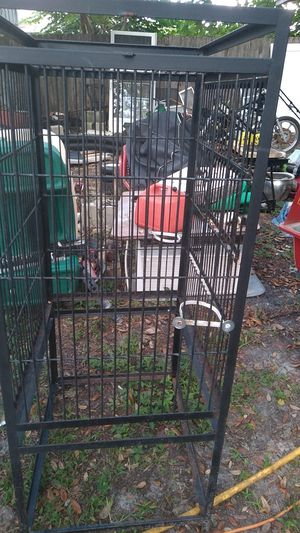 Big bird cage need some other things done to it a good starter for Sale in NEW PRT RCHY, FL