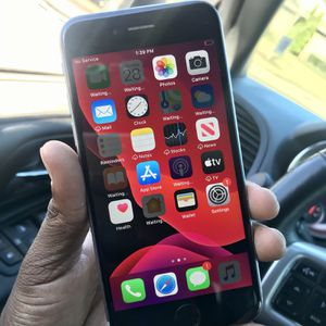 iPhone 6s *GOOD CONDITION* for Sale in Greenville, SC