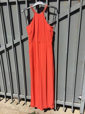 Vendo 3 vestidos for Sale in Laredo, TX