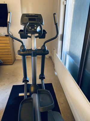 Life Fitness CLSX Elliptical for Sale in Scottsdale, AZ