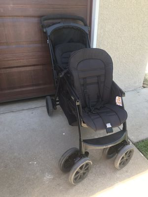 Chicco cortina double stroller for Sale in Fresno, CA