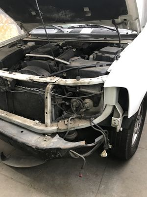 GMC envoy 05 for parts for Sale in Fresno, CA