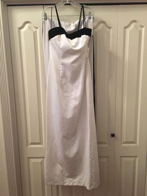 White dress with black velvet trim for Sale in Clovis, CA