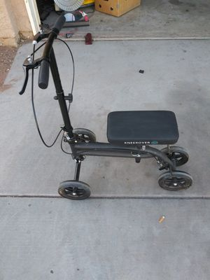 Knee scooter for Sale in Las Vegas, NV